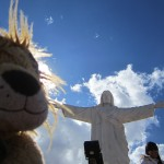 Lewis sees Cusco's statue of Christ the Redeemer