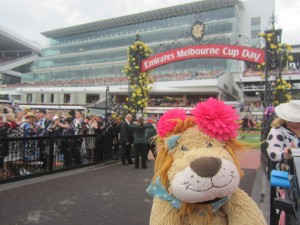 Lewis the Lion somehow manages to find a spot by the main horses' exit