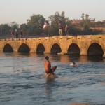 Bathers in the Betwa River, Orccha